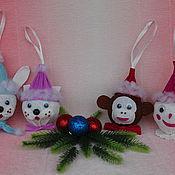 Сувениры и подарки ручной работы. Ярмарка Мастеров - ручная работа Новогодние елочные игрушки из киндер-сюрприза. Handmade.