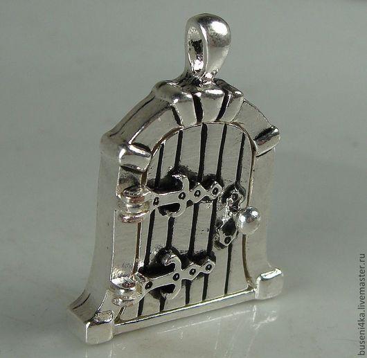 Для украшений ручной работы. Ярмарка Мастеров - ручная работа. Купить Подвеска-медальон Дверка №8 (античное серебро) 1шт.. Handmade.