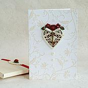 """Открытки ручной работы. Ярмарка Мастеров - ручная работа Открытка в коробочке """"Ключ к сердцу"""" с розами вишневого цвета. Handmade."""