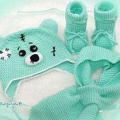Работы для детей, ручной работы. Ярмарка Мастеров - ручная работа Комплект Тедди: шапочка, шарфик и пинетки. Handmade.