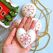 Подарки к праздникам handmade. Livemaster - original item Christmas tree decorations out of felt. Handmade.