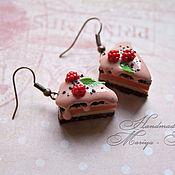 """Украшения ручной работы. Ярмарка Мастеров - ручная работа """"Серьги шоколадные тортики с малиной"""". Handmade."""