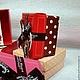 № 3 Красная крышка + донышко коричневое в бледно-желтый горошек - 6,5*6,5*3,8см. - в комплекте бантик