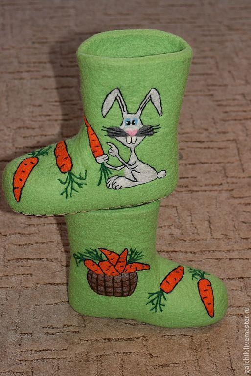 """Обувь ручной работы. Ярмарка Мастеров - ручная работа. Купить Домашние тапочки """"Морковки много не бывает!"""". Handmade. Домашние тапочки"""