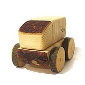 """Техника, роботы, транспорт ручной работы. Ярмарка Мастеров - ручная работа Машинка с корой """"Грузовик"""". Handmade."""