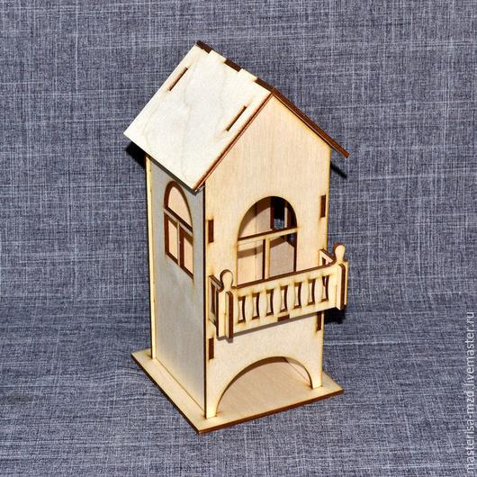 Заготовка для декупажа чайный домик ЧД-04-005. Это не обычный домик - это домик с балконом! Собирается легко, окна на каждой стороне. Отверстие для пакетиков чая на лицевой стороне изделия.