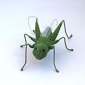 Куклы и игрушки ручной работы. Ярмарка Мастеров - ручная работа Игрушка валяная Кузнечик, насекомые из шерсти. Handmade.
