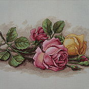 Картины и панно ручной работы. Ярмарка Мастеров - ручная работа Вышивка крестом Срезанные розы. Handmade.