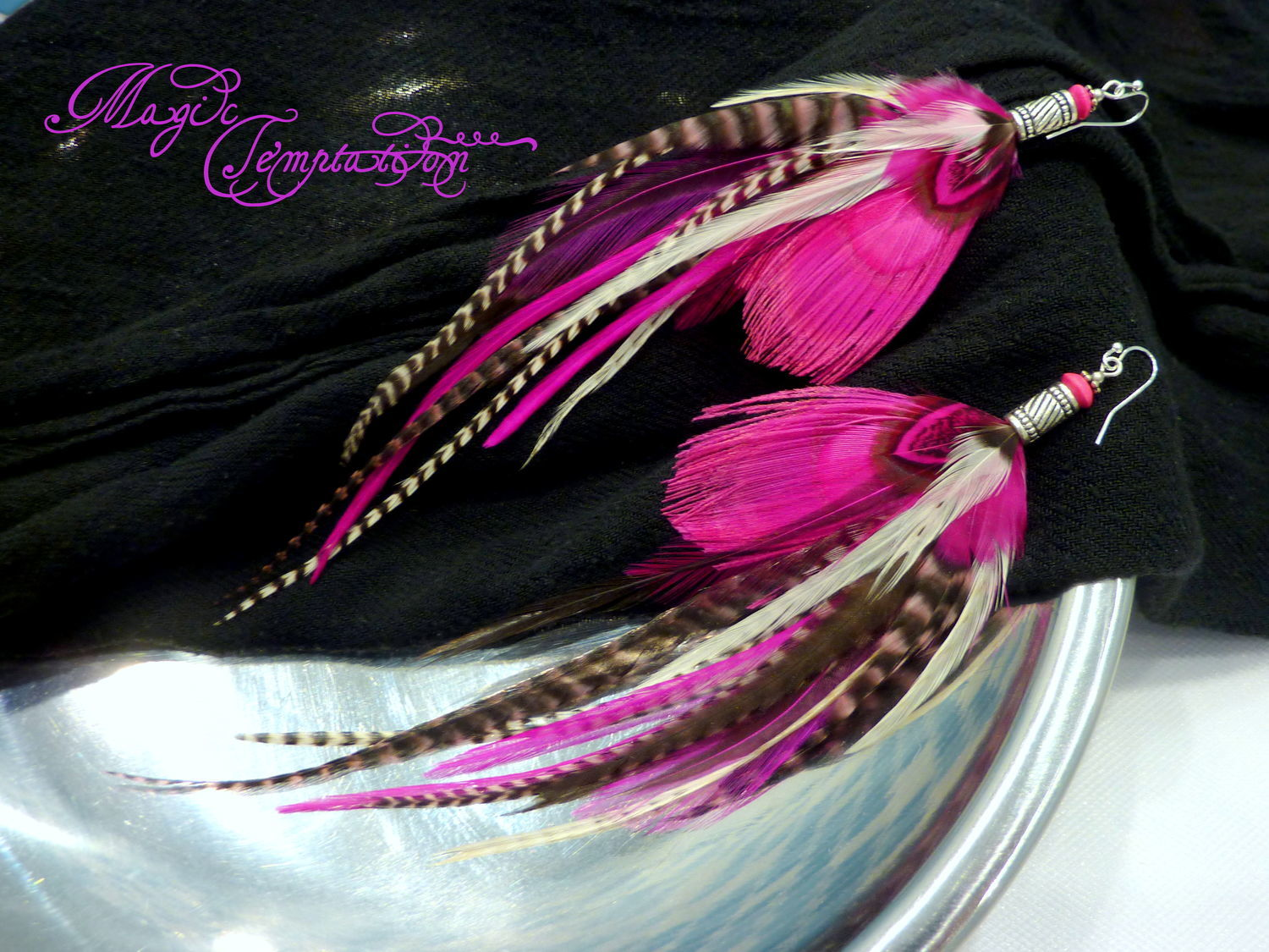 Feather Earrings With Bright Pink