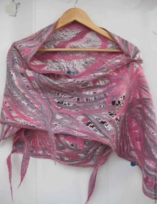 Шали, палантины ручной работы. Ярмарка Мастеров - ручная работа. Купить Шарф-палантин валяный ажурный Розовое серебро. Handmade.