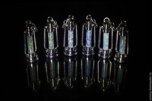 Кулоны, подвески ручной работы. Ярмарка Мастеров - ручная работа. Купить Маленькие нательные фонарики. Handmade. Голубой, глицерин, фонарь
