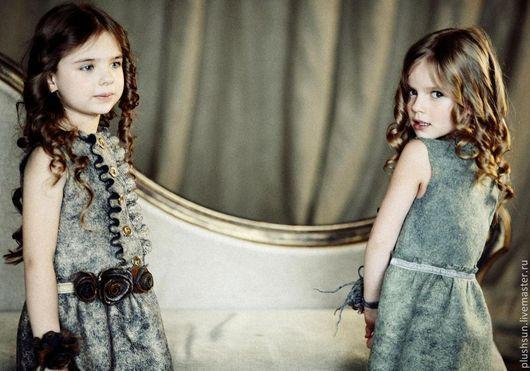 Одежда для девочек, ручной работы. Ярмарка Мастеров - ручная работа. Купить Валяное платье  для девочки «Из Парижа» (золото). Handmade.