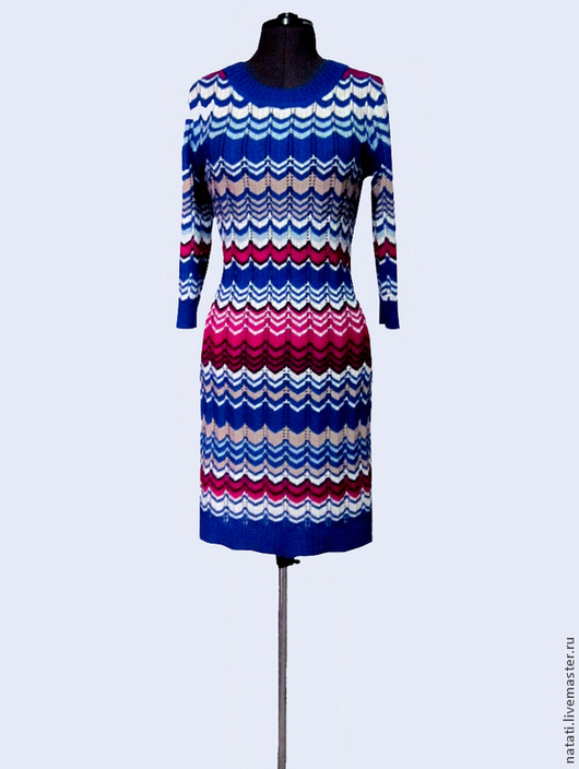 Платья ручной работы. Ярмарка Мастеров - ручная работа. Купить Платье Миссони синее с малиной. Handmade. Разноцветный, вязаное платье