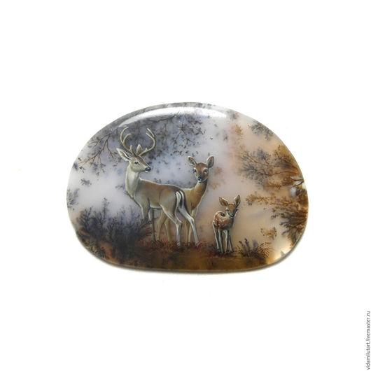 Роспись по камню ручной работы. Ярмарка Мастеров - ручная работа. Купить Олени на моховом агате. Handmade. Оранжевый, олень, животные