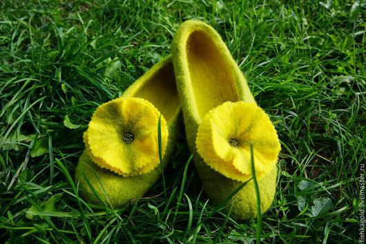 Обувь ручной работы. Ярмарка Мастеров - ручная работа. Купить Тапочки валяные Luffa. Handmade. Оливковый, войлок, трава, лето