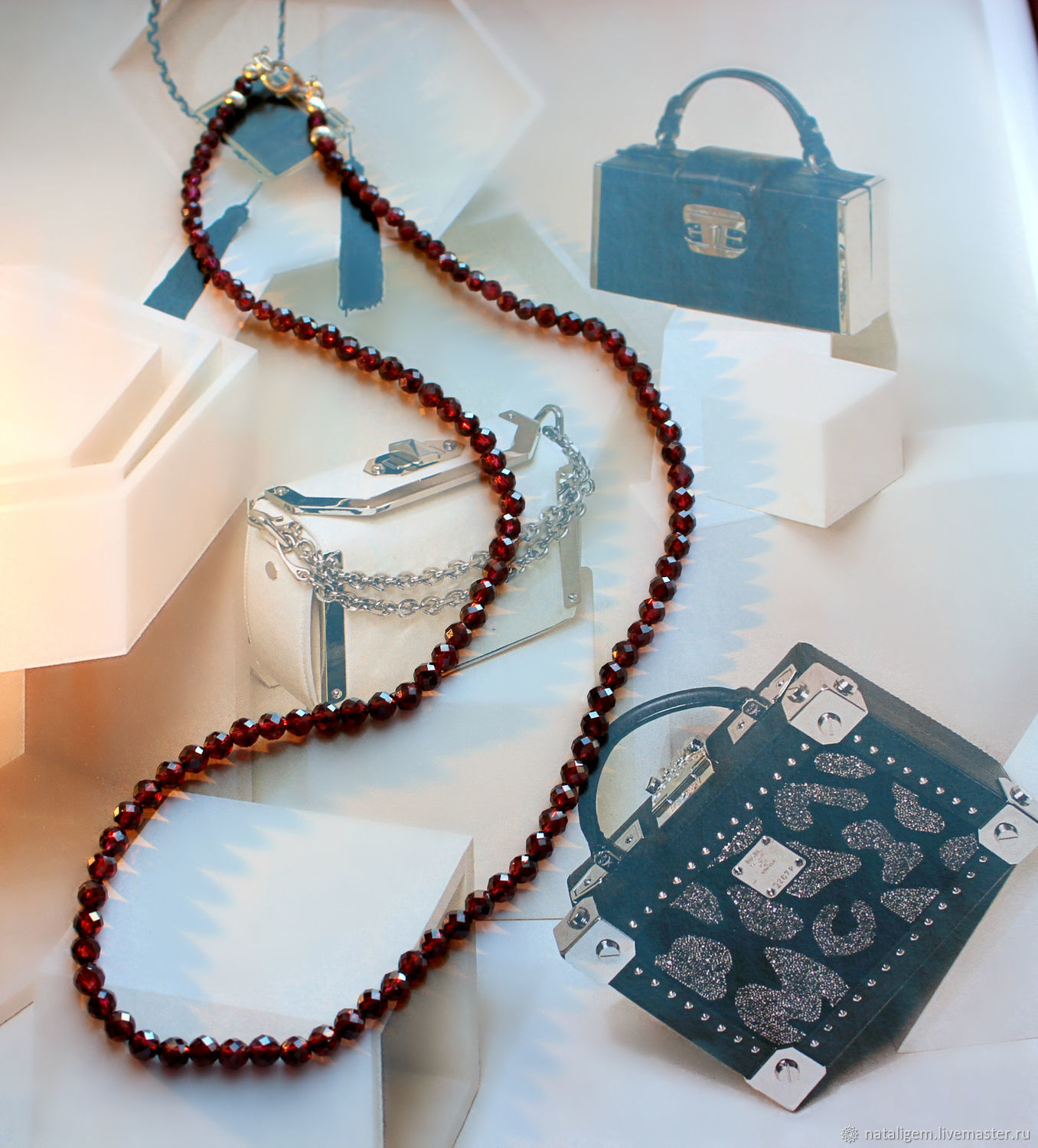 Beads from natural garnet stones with a Business lady, Necklace, Tuchkovo,  Фото №1