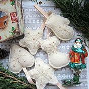 Подарки к праздникам ручной работы. Ярмарка Мастеров - ручная работа Фетровые игрушки на елку Искры. Handmade.