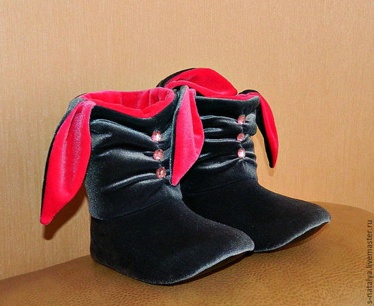 Обувь ручной работы. Ярмарка Мастеров - ручная работа. Купить Тапочки зайчики со стразами. Handmade. Серый, Тапочки зайчики