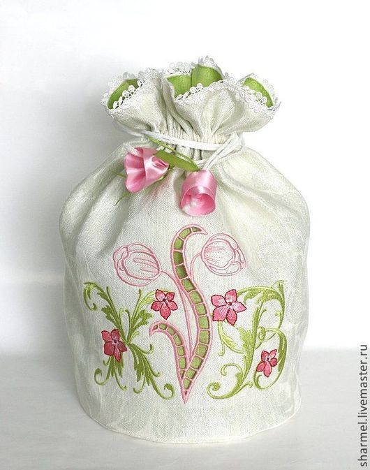 Мешочек для кулича с вышивкой и ришелье `Светлая Пасха. Тюльпаны` .  Полезные вещицы от Шармель-ки.