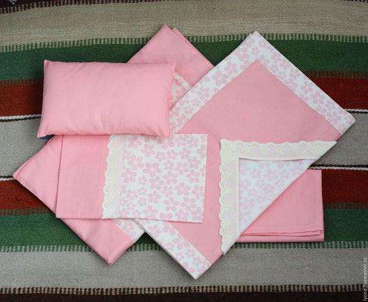 Кукольный дом ручной работы. Ярмарка Мастеров - ручная работа. Купить Большой комплект постельного белья для куклы. Handmade. Кремовый
