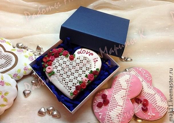 Пряник сердце в индивидуальной коробочке!  Цена 470 руб