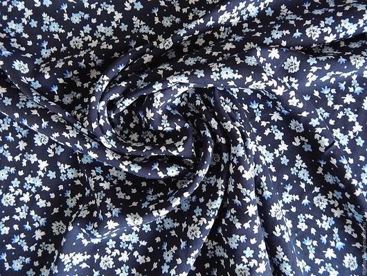 Шитье ручной работы. Ярмарка Мастеров - ручная работа. Купить штапель тёмно-синий в голубой цветочек. Handmade. Тёмно-синий
