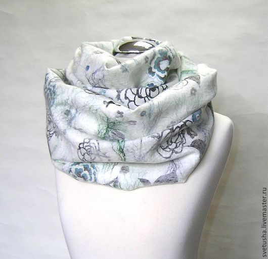 """Шали, палантины ручной работы. Ярмарка Мастеров - ручная работа. Купить Снуд валяный шарф """"Снежный вальс"""" войлочный снуд мериносовый шарф. Handmade."""