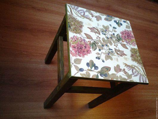 Мебель ручной работы. Ярмарка Мастеров - ручная работа. Купить ПРОДАНО!Табуретка прабабушки. Handmade. Комбинированный, скамейка, состаренный стиль