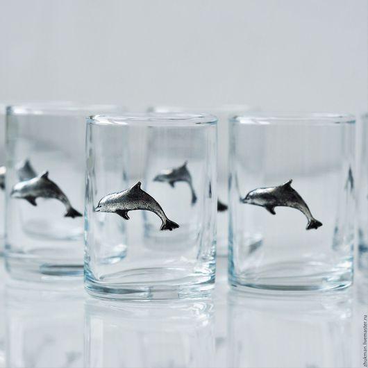 """Подарки для мужчин, ручной работы. Ярмарка Мастеров - ручная работа. Купить Набор """"ДЕЛЬФИНЫ"""" на 6 персон (6 стопок с дельфинами для дайверов). Handmade."""