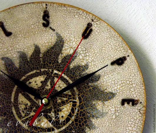 Часы для дома ручной работы. Ярмарка Мастеров - ручная работа. Купить часы настенные Сверхъестественное-Supernatural декупаж. Handmade. Разноцветный
