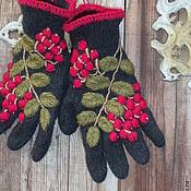Варежки ручной работы. Ярмарка Мастеров - ручная работа Перчатки с вышивкой Рябинка. Handmade.