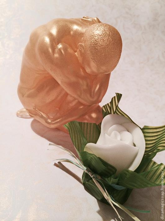 """Мыло ручной работы. Ярмарка Мастеров - ручная работа. Купить сувенирное мыло 3 d """" Атлет"""", в подарочной упаковке. Handmade."""