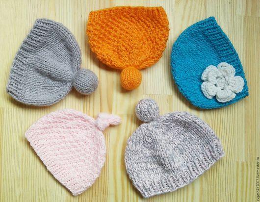 Одежда для кукол ручной работы. Ярмарка Мастеров - ручная работа. Купить Набор шапочек #3. Handmade. Шапочка для куклы