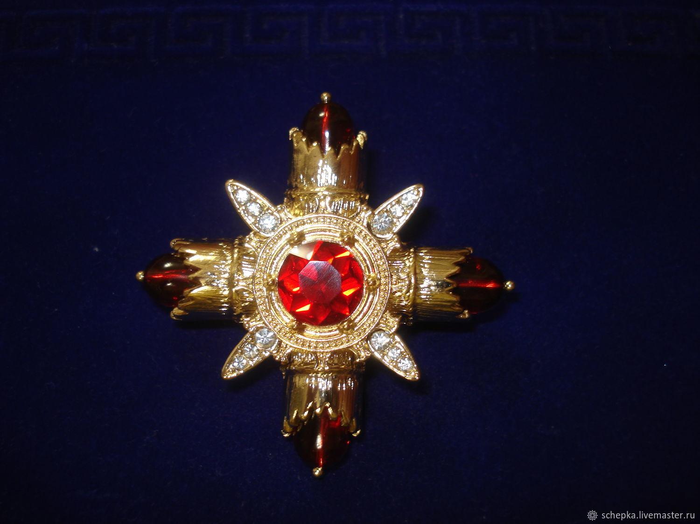 Мальтийский крест, как украшение и бижутерия