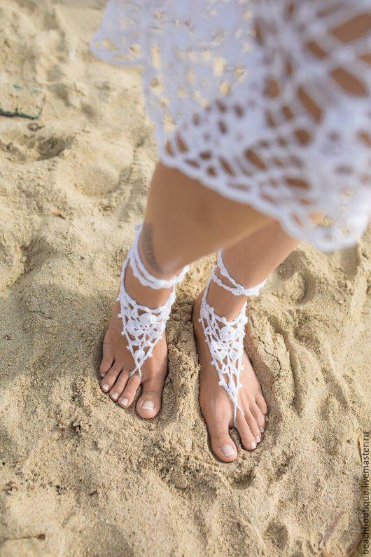 Носки, Чулки ручной работы. Ярмарка Мастеров - ручная работа. Купить Вязаные украшения для ног. Handmade. Белый, пляжная мода