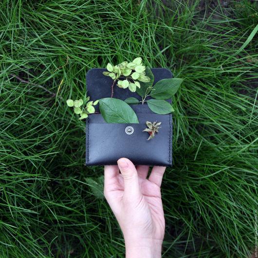 Кошельки и визитницы ручной работы. Ярмарка Мастеров - ручная работа. Купить Кожаный компактный кошелёк. Handmade. Комбинированный, мужской кошелек