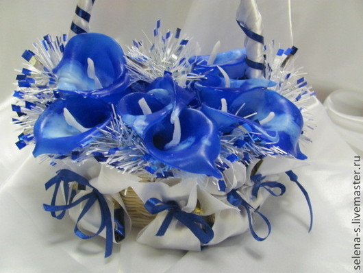 """Подарочные наборы косметики ручной работы. Ярмарка Мастеров - ручная работа. Купить """"Снежная королева"""" (3 в 1)  Корзина с мылом и конфетами. Handmade."""