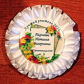 Подарки к праздникам ручной работы. Ярмарка Мастеров - ручная работа Именной значок для учителя. Handmade.