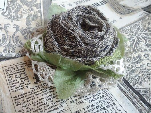 """Броши ручной работы. Ярмарка Мастеров - ручная работа. Купить Брошь текстильная """"Март"""". Handmade. Брошь, серый цветок, льняная"""