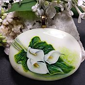 Украшения handmade. Livemaster - original item Necklace with lacquer miniature Calla lilies painting on the stone cacholong. Handmade.