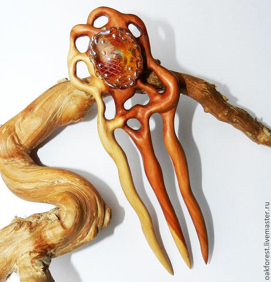 """Заколки ручной работы. Ярмарка Мастеров - ручная работа. Купить Заколка из дерева с авторским кабошоном из стекла """"Пришла весна"""". Handmade."""