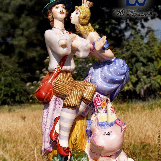 Коллекционная фарфоровая статуэтка `Принцесса и свинопас`. Киевский фарфор.  Авторская роспись Юлии Красной.