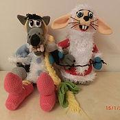 Заяц и волк из Ну-погоди новогодние
