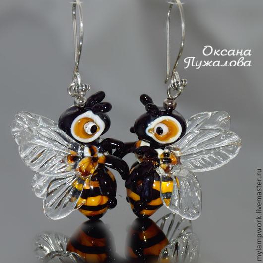 Серьги длинные `Пчелки` подарок подруге, девушке, серебро, стекло