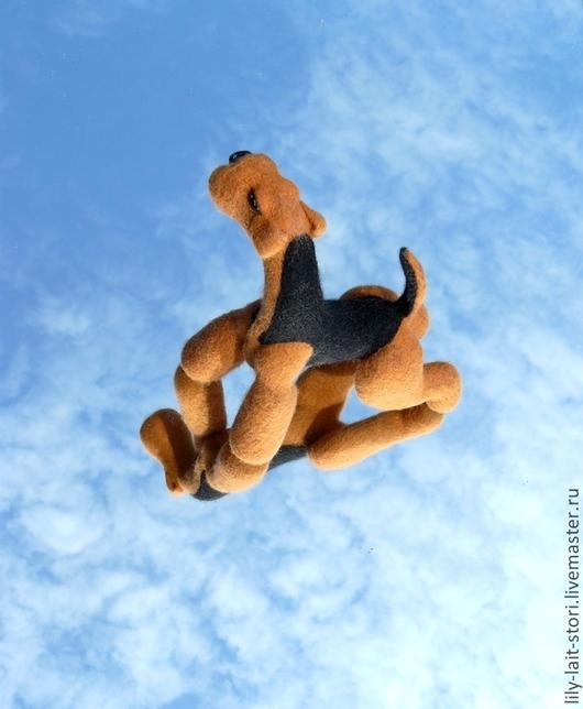 """Игрушки животные, ручной работы. Ярмарка Мастеров - ручная работа. Купить Игрушка """"Эрдель в стойке"""". Handmade. Авторская игрушка"""