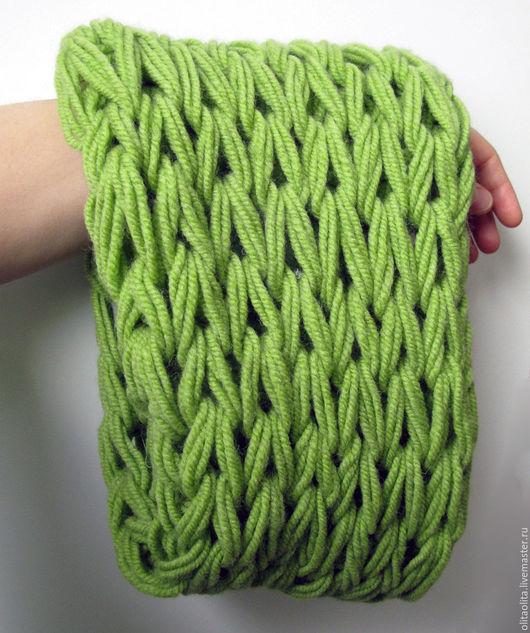 Шарфы и шарфики ручной работы. Ярмарка Мастеров - ручная работа. Купить Зеленый 1 вязаный шарф-снуд крупной вязки. Handmade.