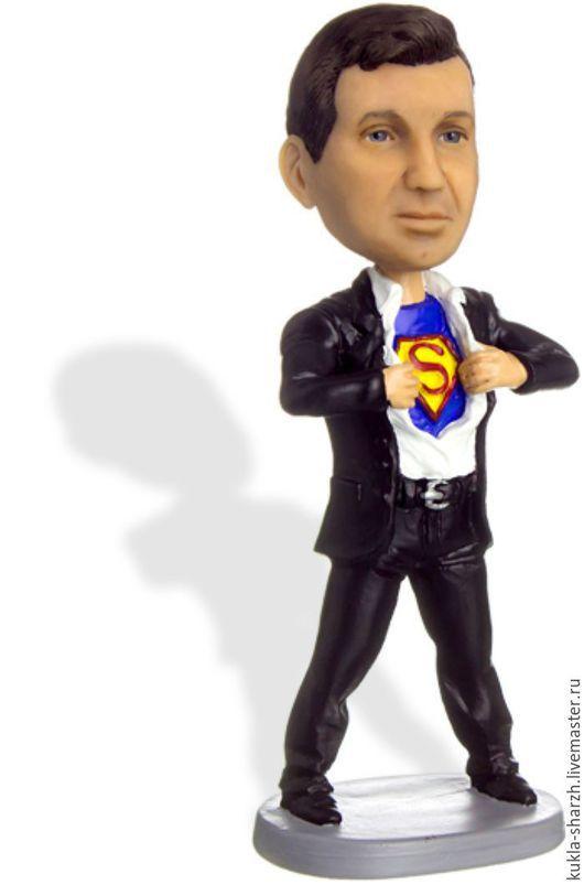 Статуэтки ручной работы. Ярмарка Мастеров - ручная работа. Купить Статуэтка кукла-шарж по фото подарок мужчине«Супермен 2». Handmade.