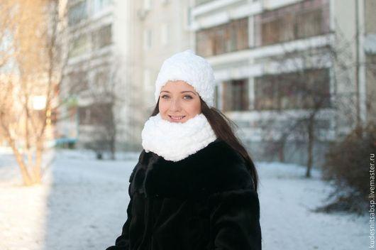 """Шапки ручной работы. Ярмарка Мастеров - ручная работа. Купить Шапочка и шарф """"Иней"""". Handmade. Белый, мех, каракуль, шапка"""