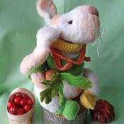 Мягкие игрушки ручной работы. Ярмарка Мастеров - ручная работа Вязаный белый Кролик Роджер. Handmade.