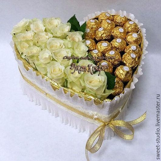 Сердце из конфет и роз. Романтичный и сладкий подарок для любимых.